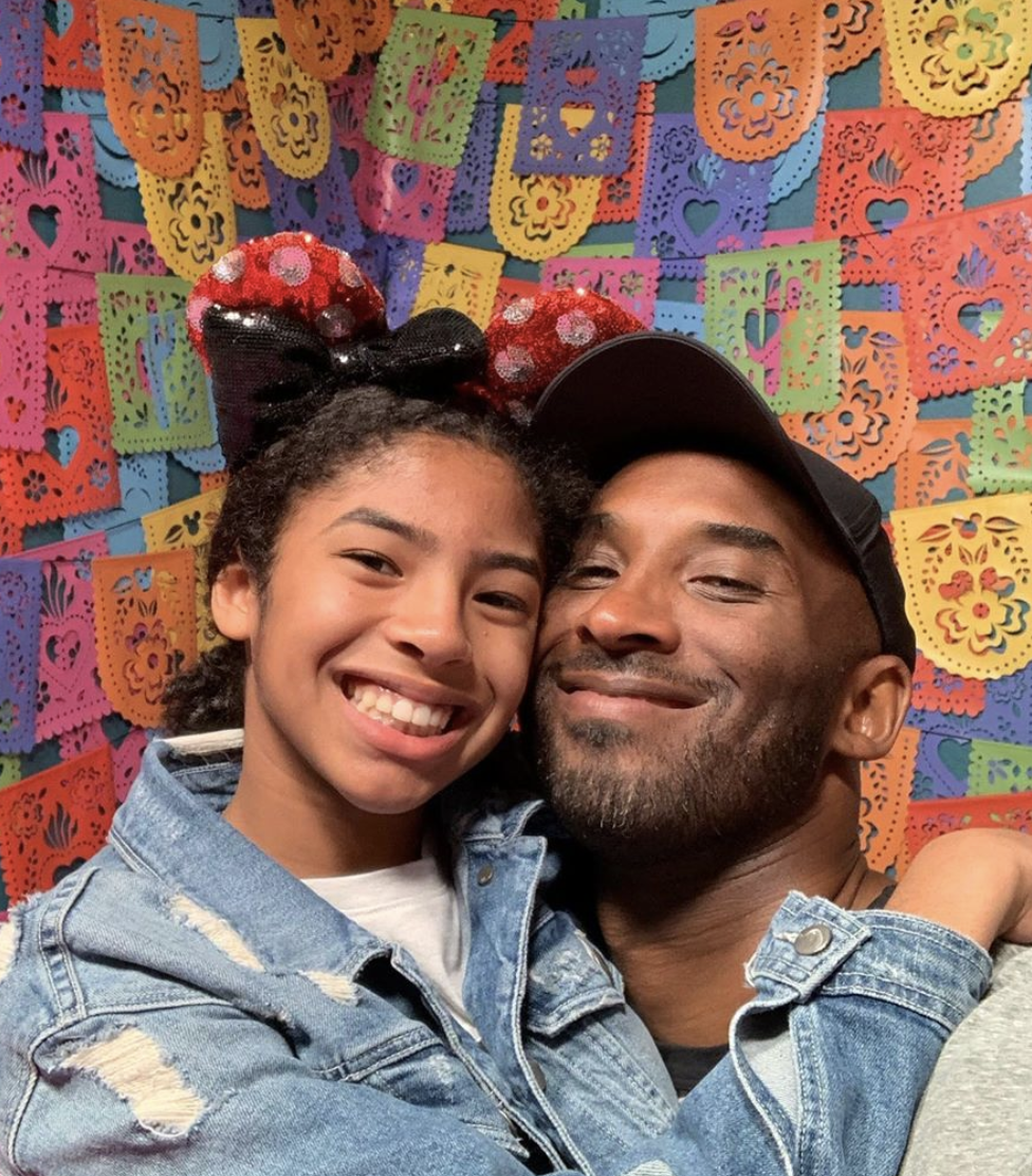 Kobe Bryant and his daughter Gianna pose for an Instagram selfie