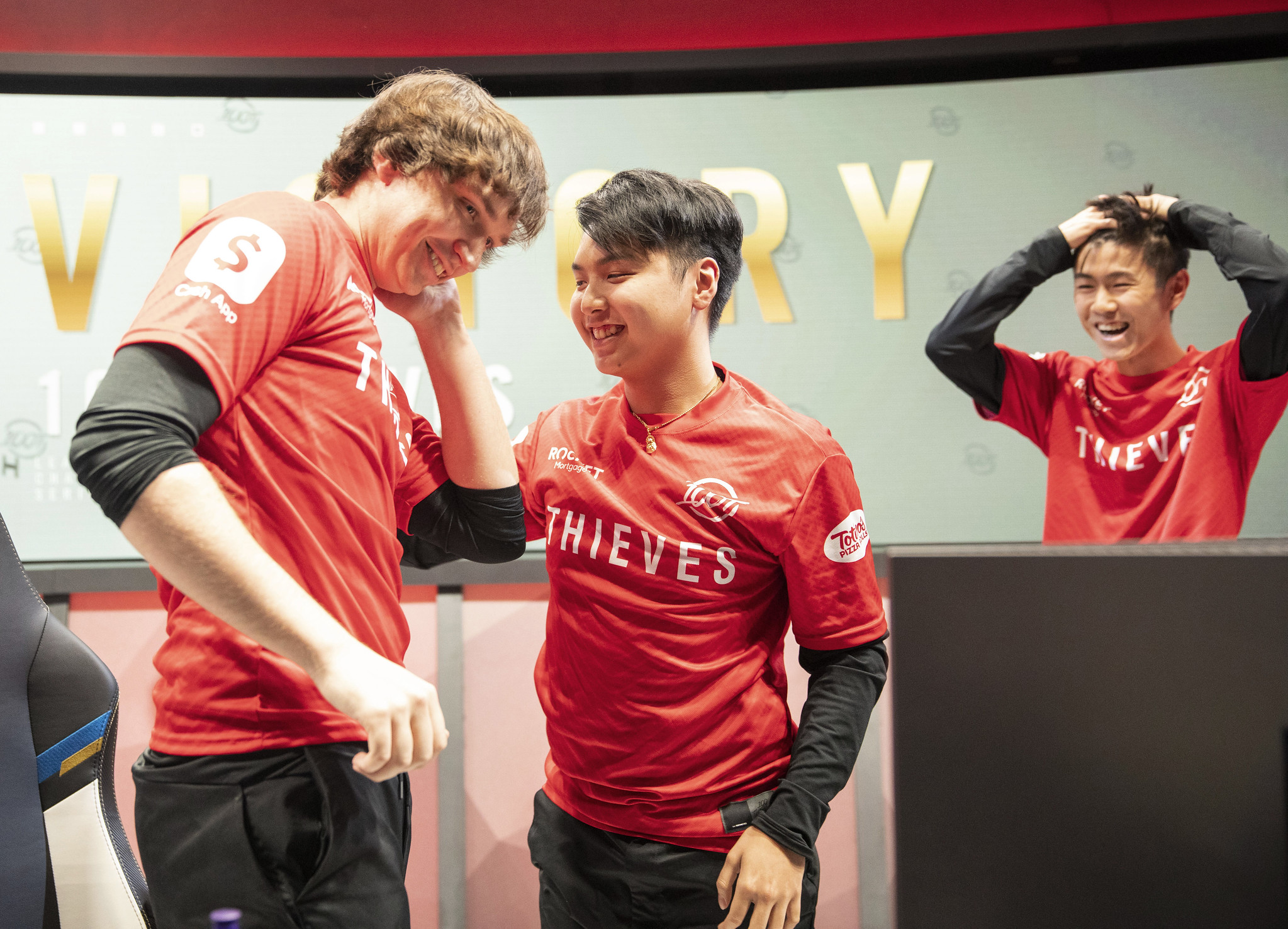 Meteos and Ryoma celebrate at the LCS studio