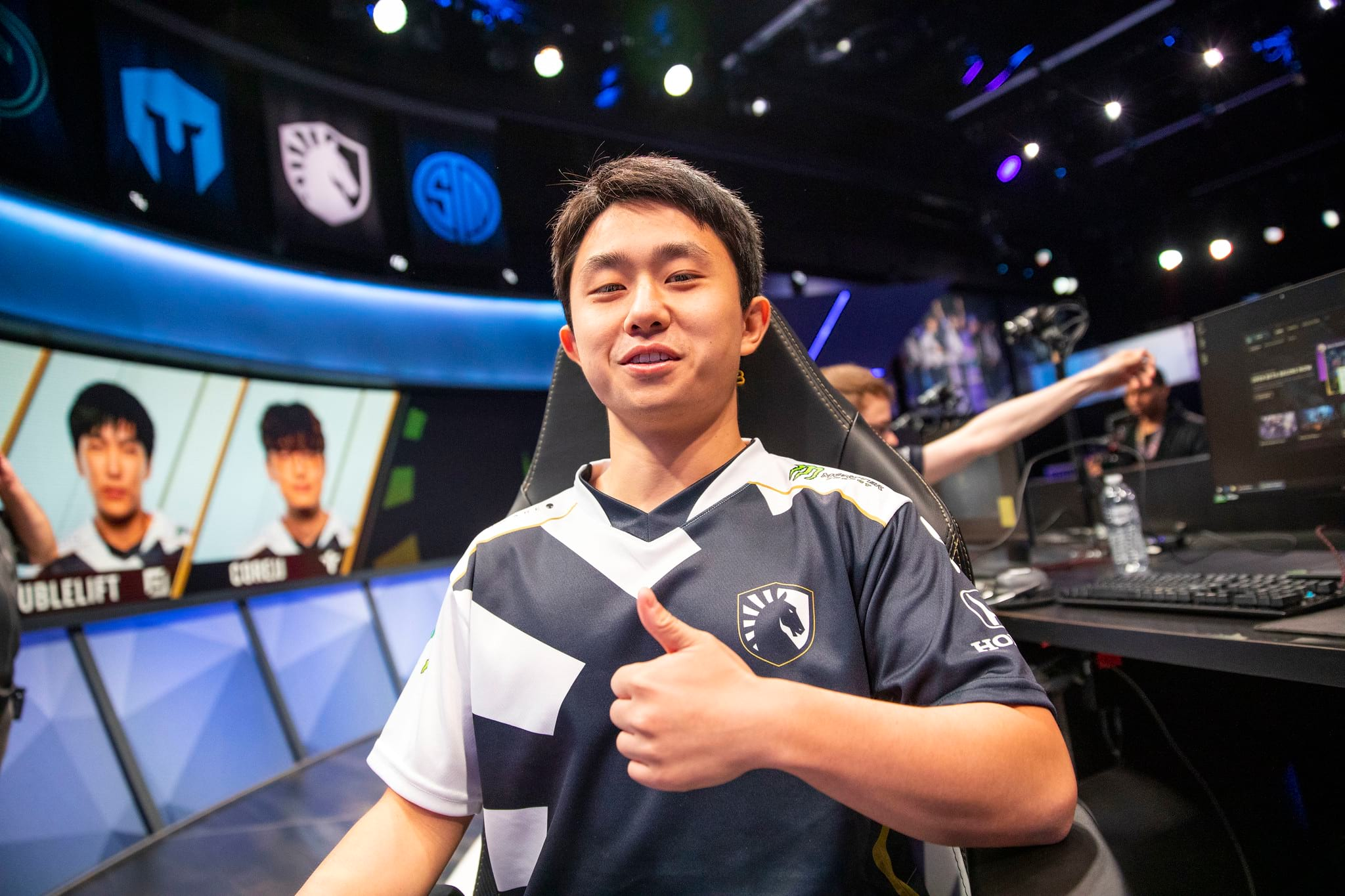 Shernfire in Team Liquid jersey at the LCS in Spring 2020.