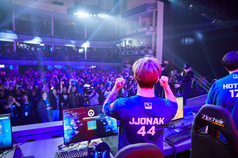 NYXL star JJonak celebrates a win in front of the crowd at the New York Overwatch League homestand event