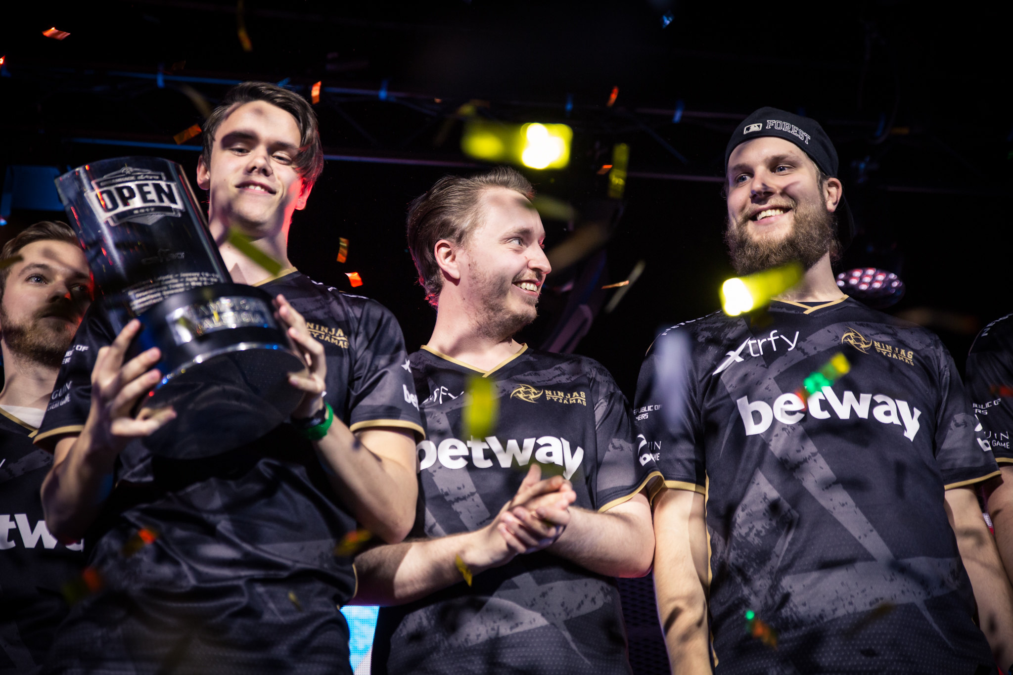 f0rest and GeT_RiGhT playing for NiP at Dreamhack Open