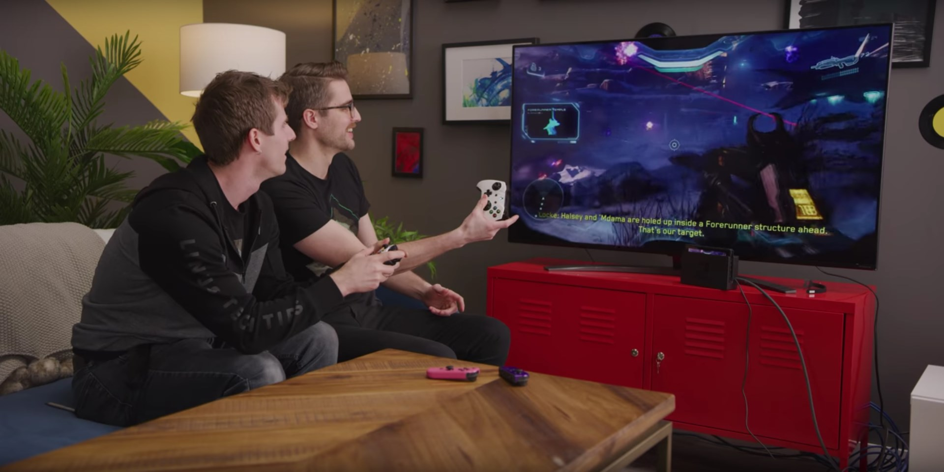 Linus and Riley playing Halo 5 using Xbox Game Pass.