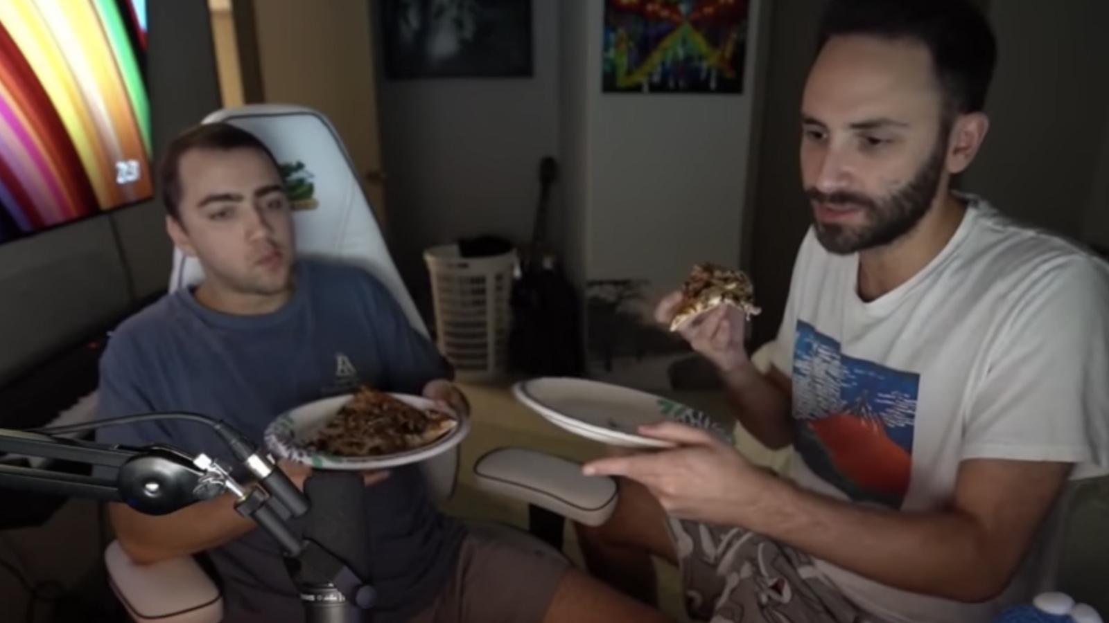 streamers Mizkif and Reckful eating pizza on stream