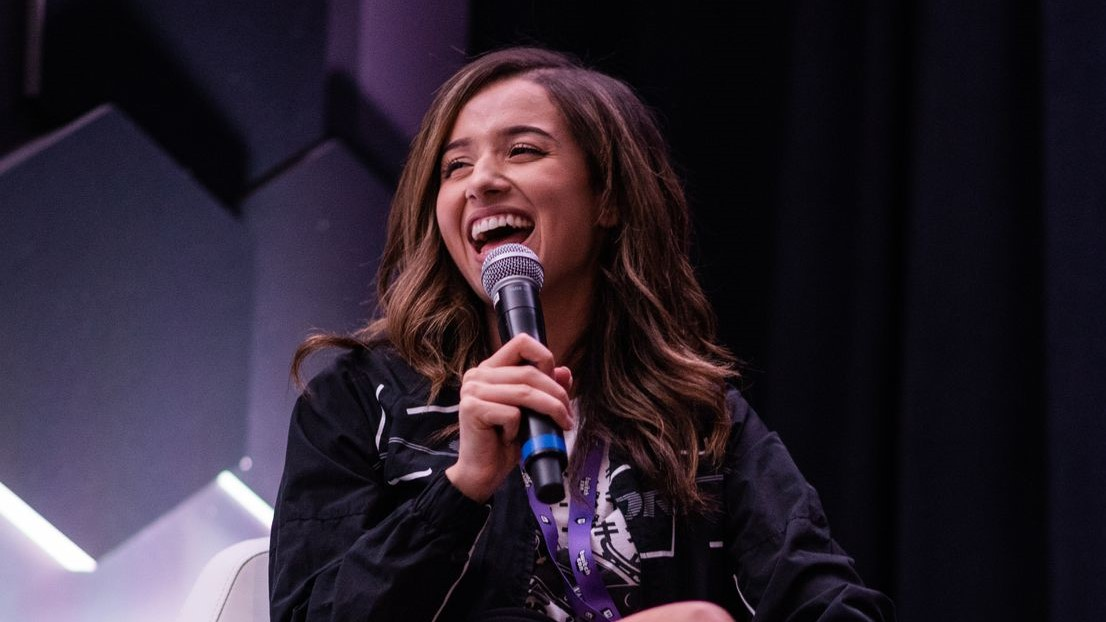 Pokimane re-signs with Twitch