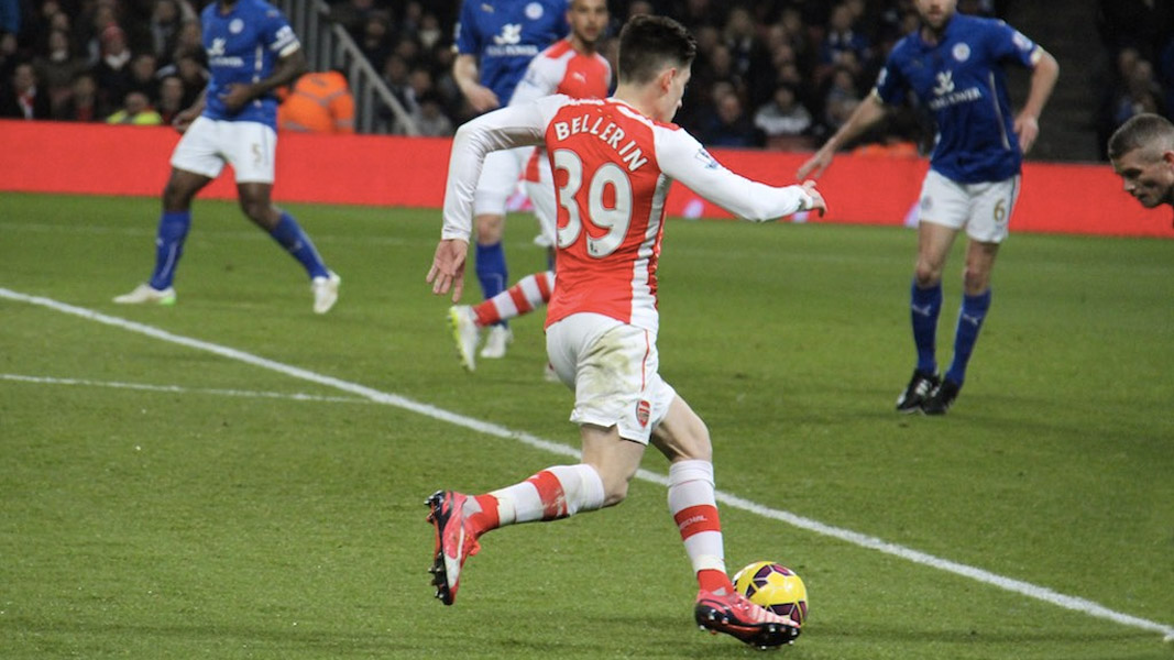 Hector Bellerin in action for Arsenal against Leicester City.