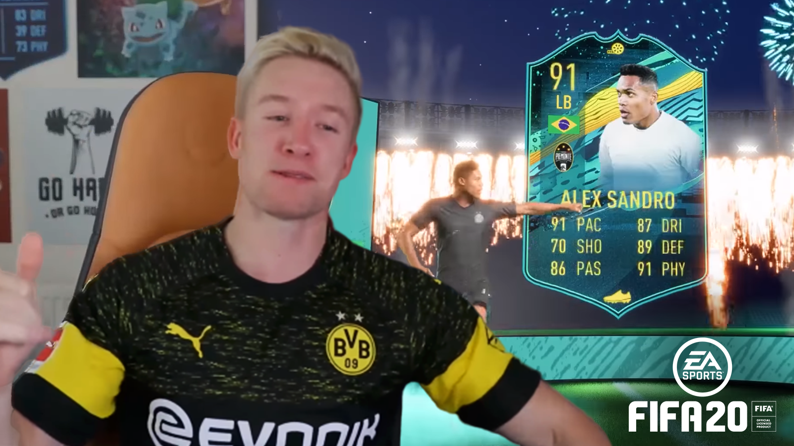 Reev has dubbed Alex Sandro's Player Moments SBC the best LB in FIFA 20.