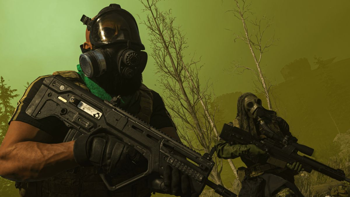 Two players in Call of Duty: Warzone