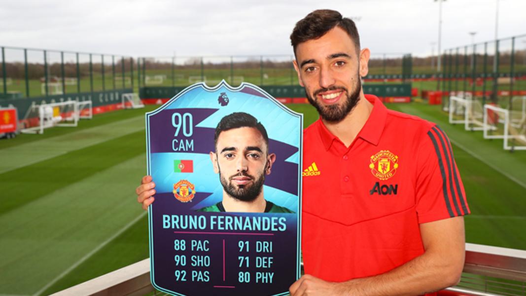 Brun Fernandes holding POTM card