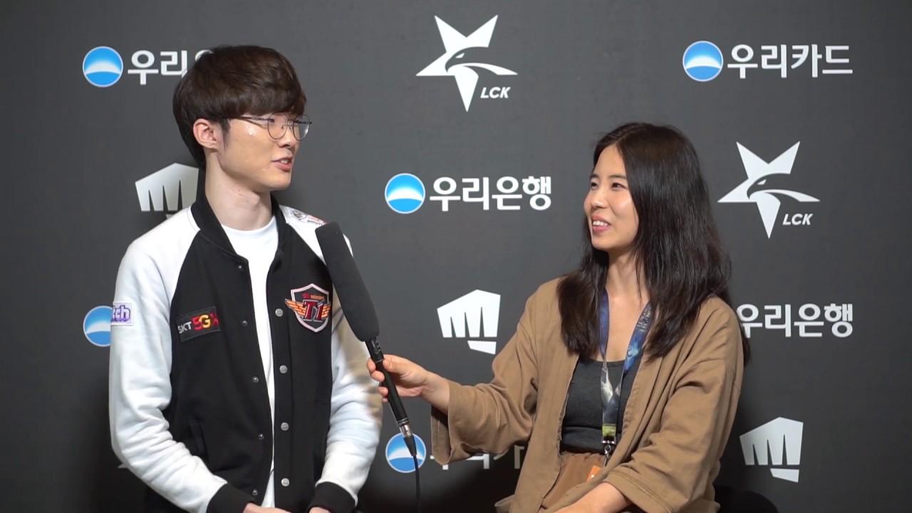 faker doing an interview after LCK match