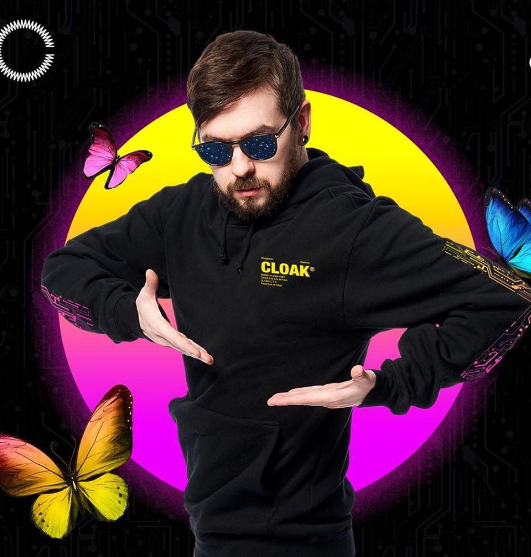 JackSepticEye models Cloak merch.