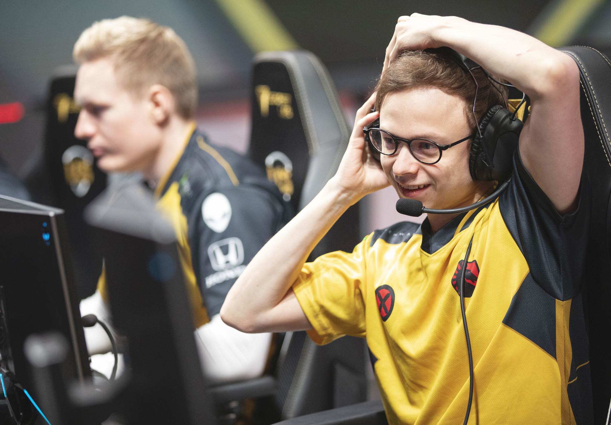 Jensen and Broxah playing for Team Liquid