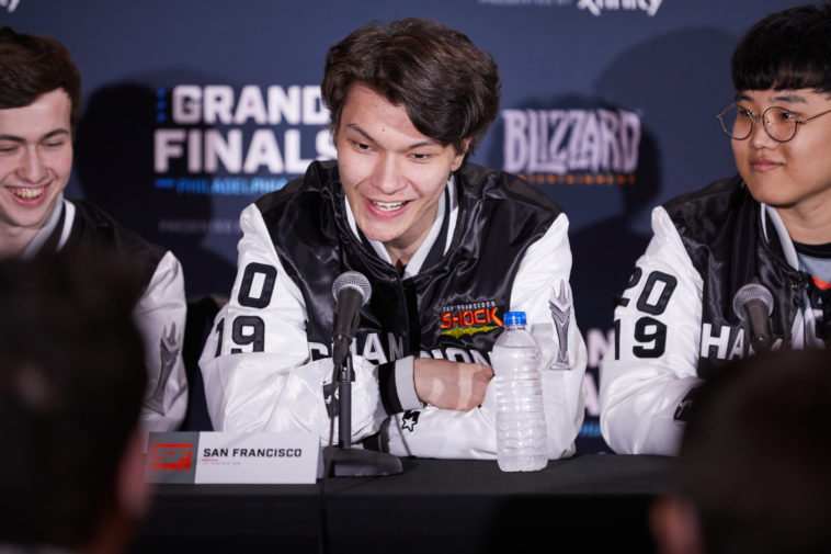 Sinatraa in an Overwatch League press conference.
