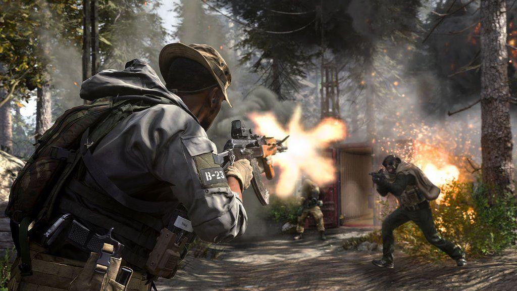 Player shooting in Call of Duty: Modern Warfare.