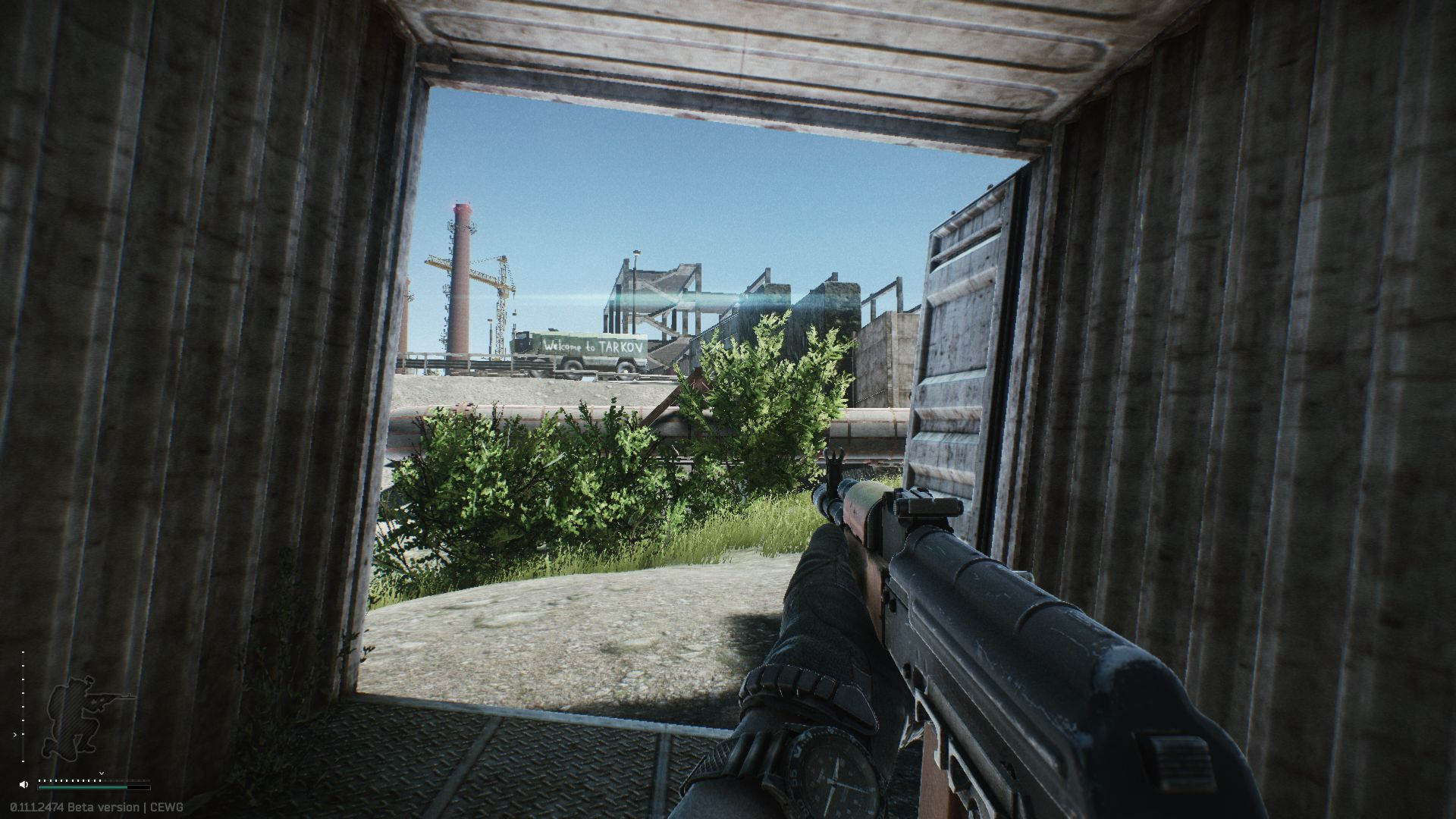 Escape from tarkov character runs through container