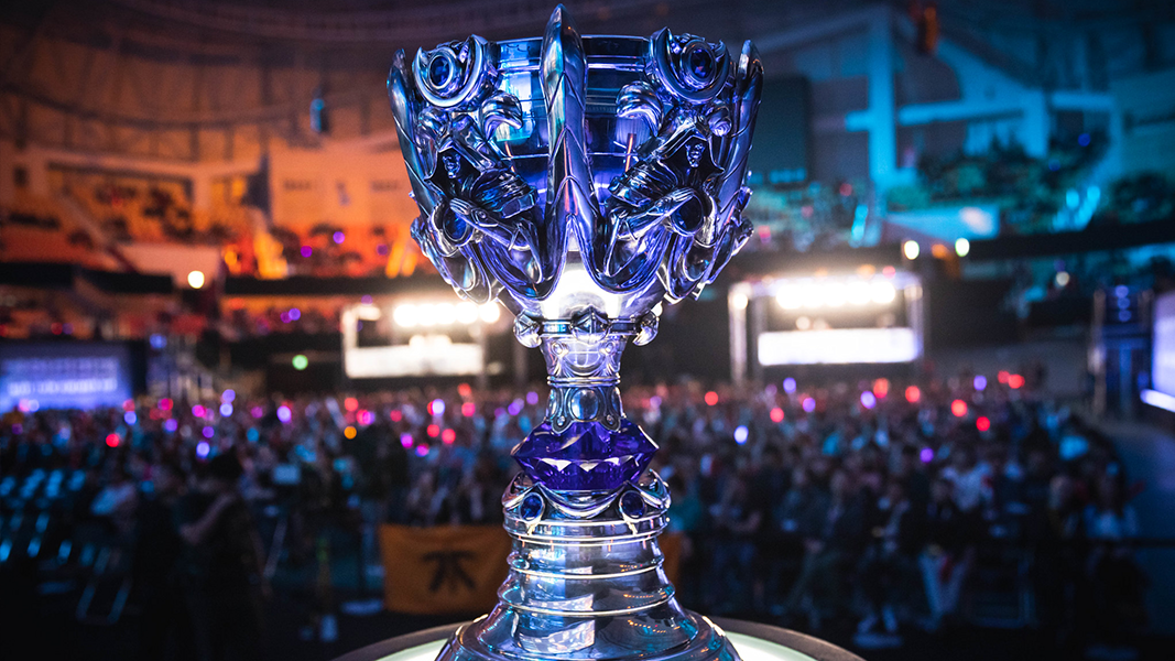 summoners cup in front of crowd