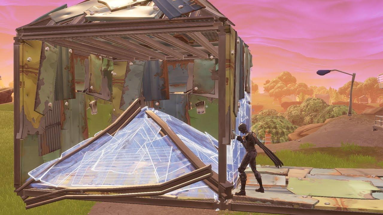 Fortnite building a standard 1x1