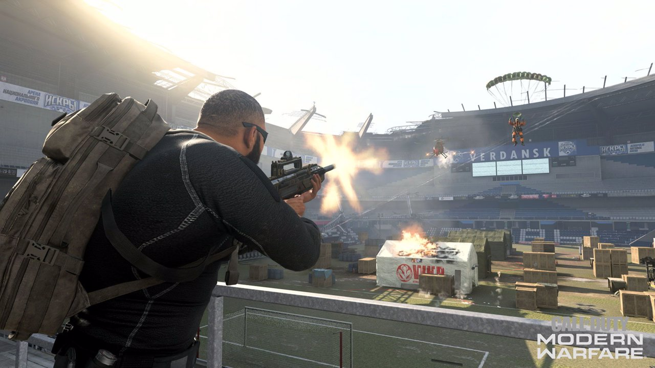 Warzone operator shooting inside verdansk stdium