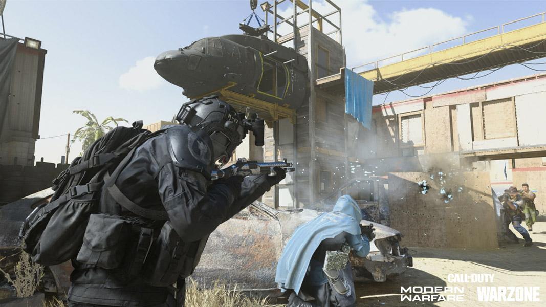 Modern Warfare character fighting in Shoot House