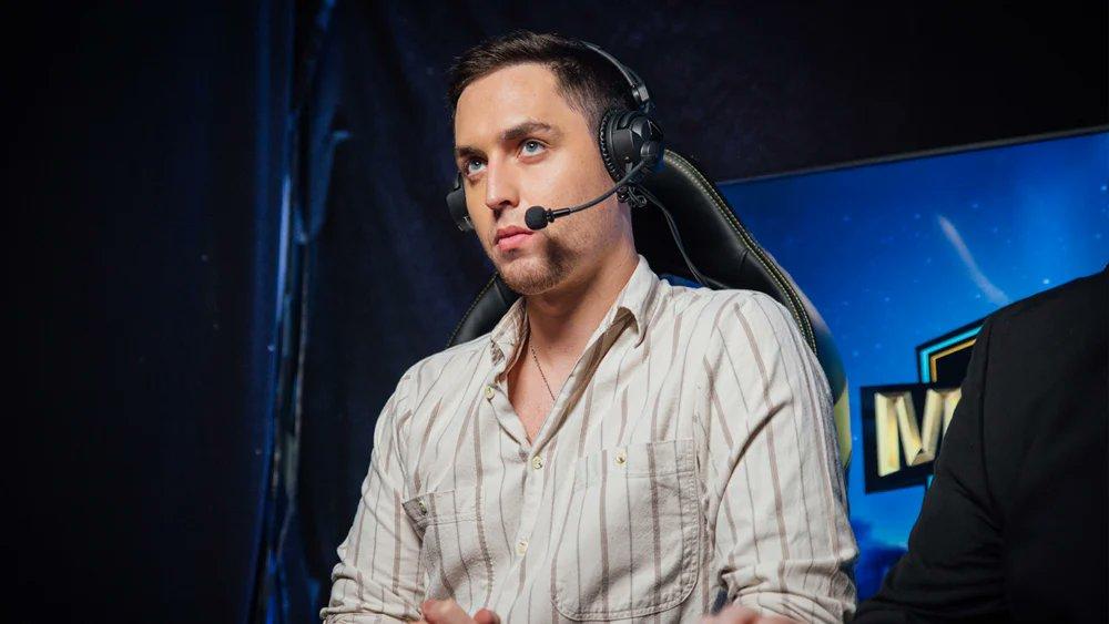 HenryG casting CS:GO at DreamHack event