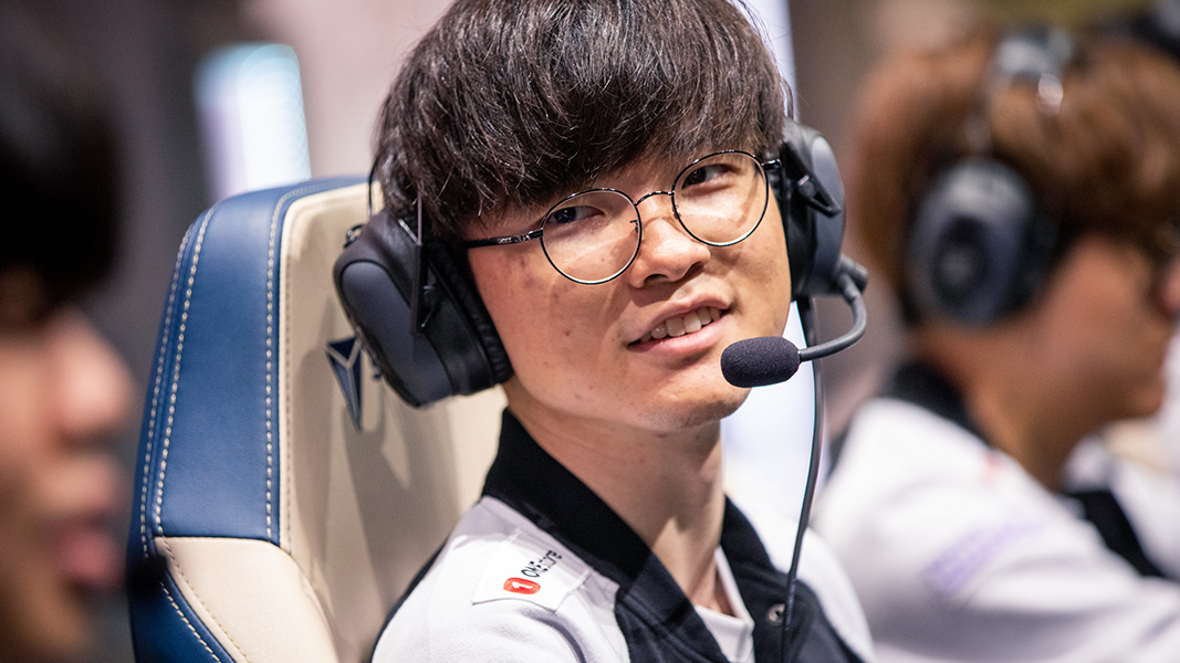 Faker at Worlds 2019 semi finals