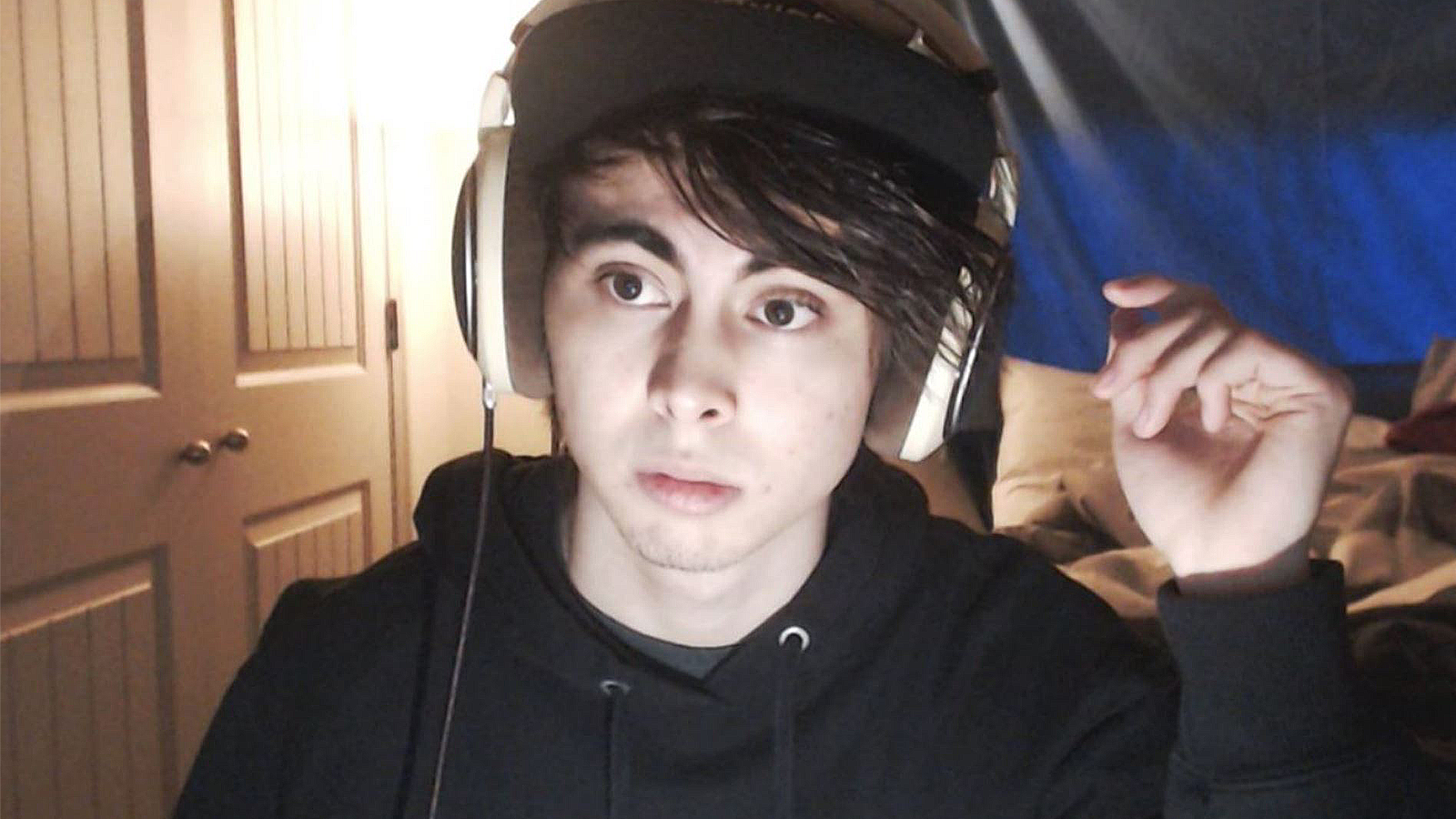 A selfie of LeafyIsHere