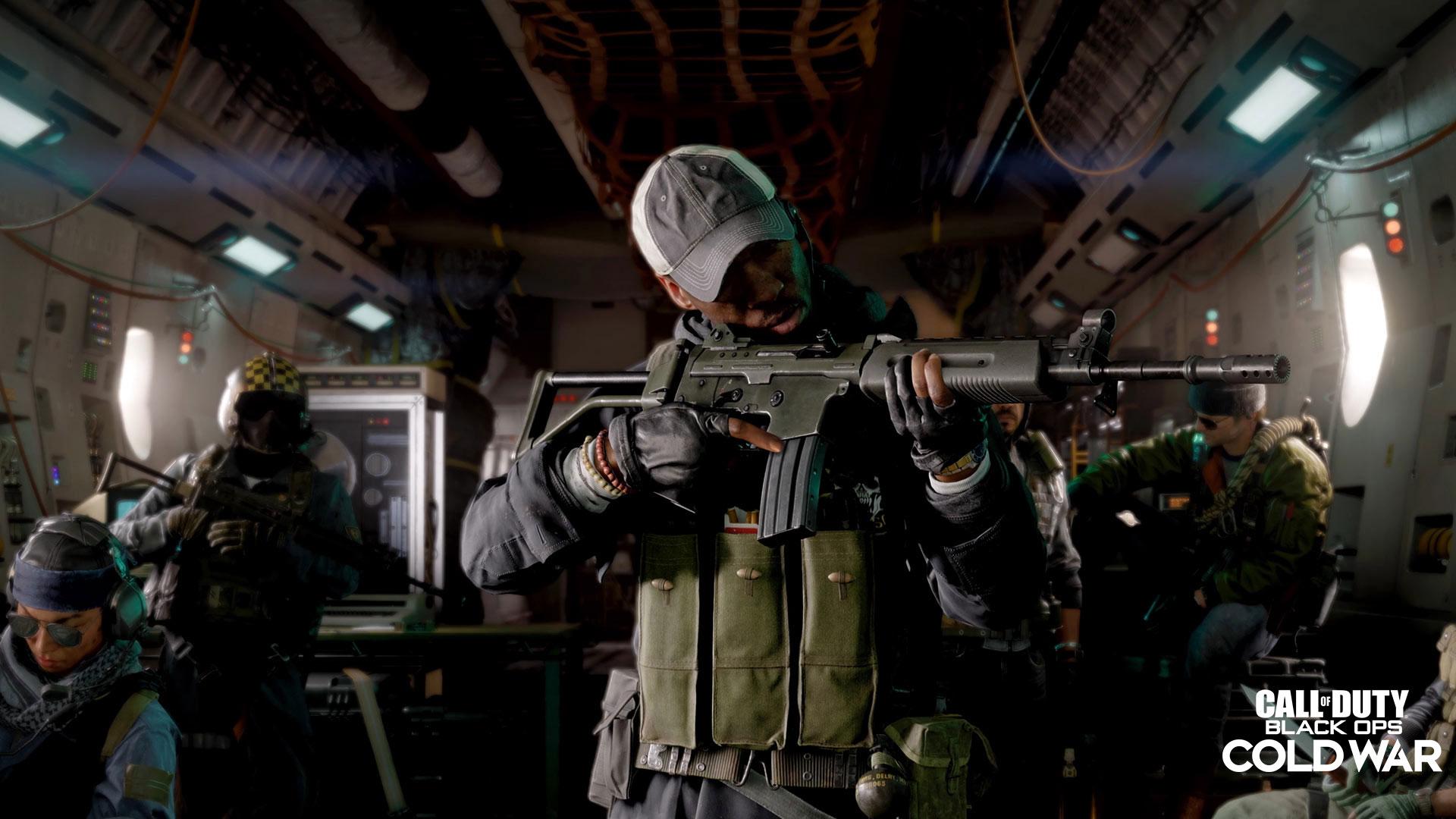 Black Ops Cold War XM4 in plane
