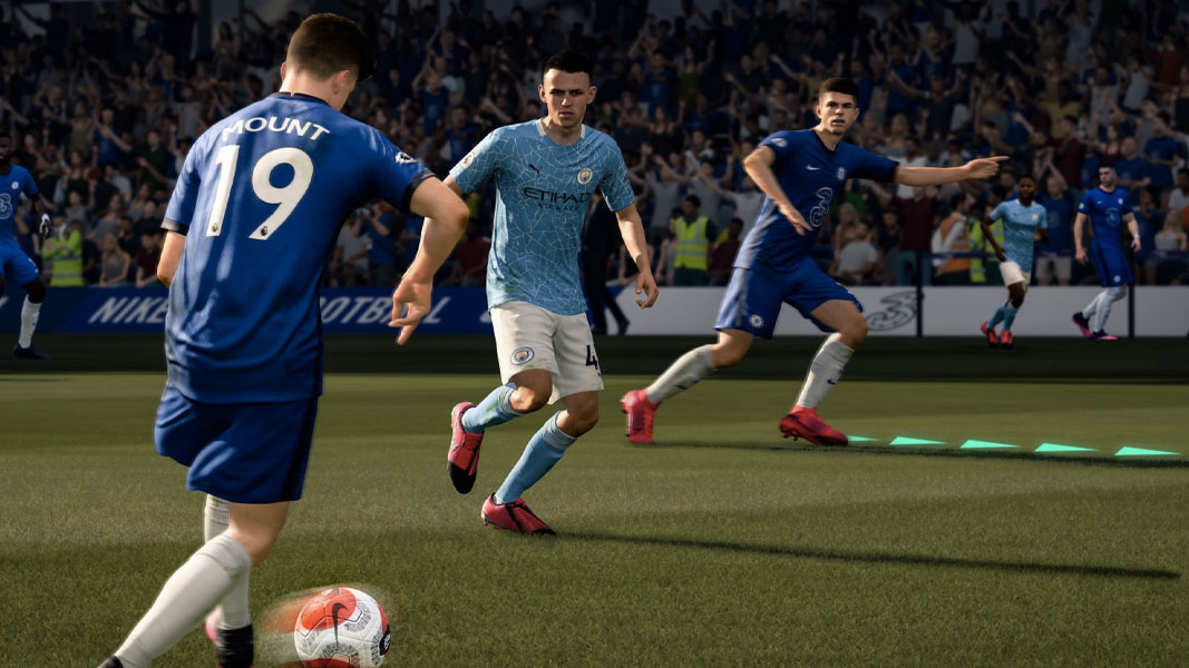 Mason Mount pulling off a pass in FIFA 21