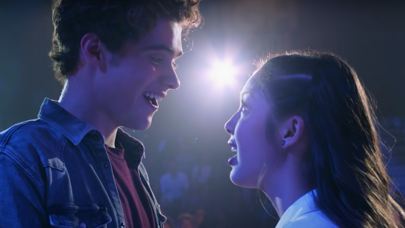Olivia Rodrigo and Joshua Bassett sing in HSM the series