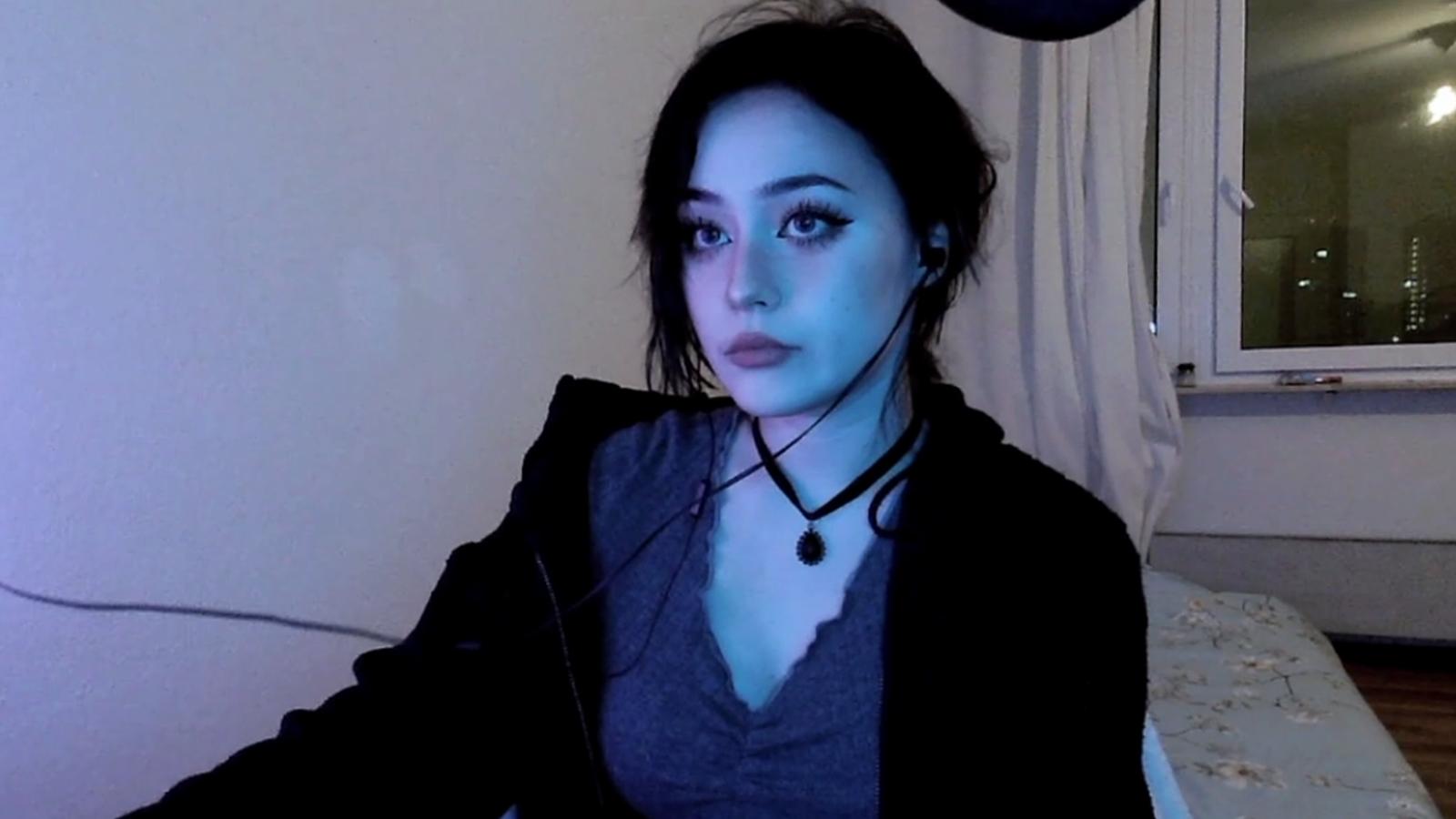 Jadeyanh reassures fans after Twitch stalker scare.