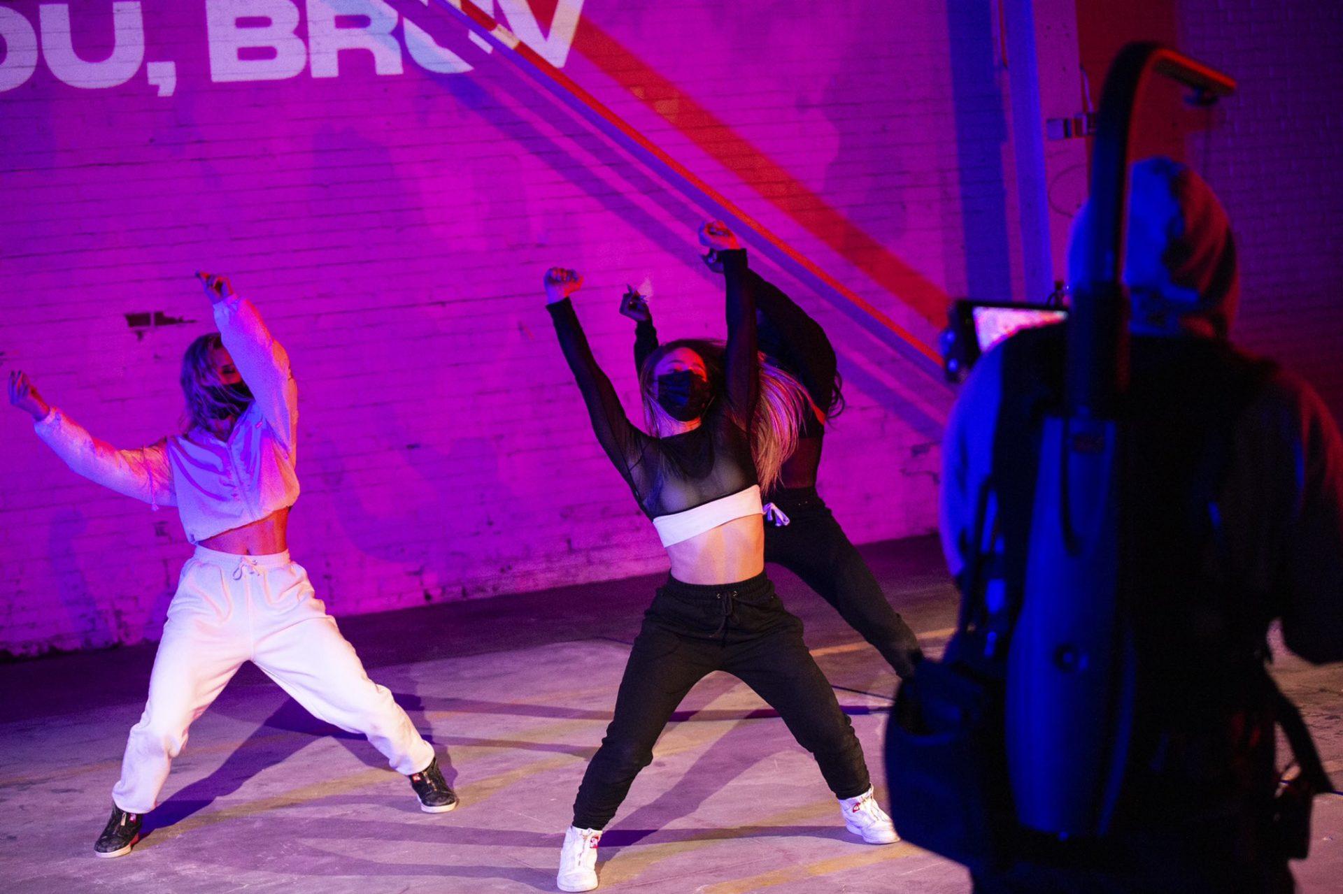 wwFest Valorant Dancers