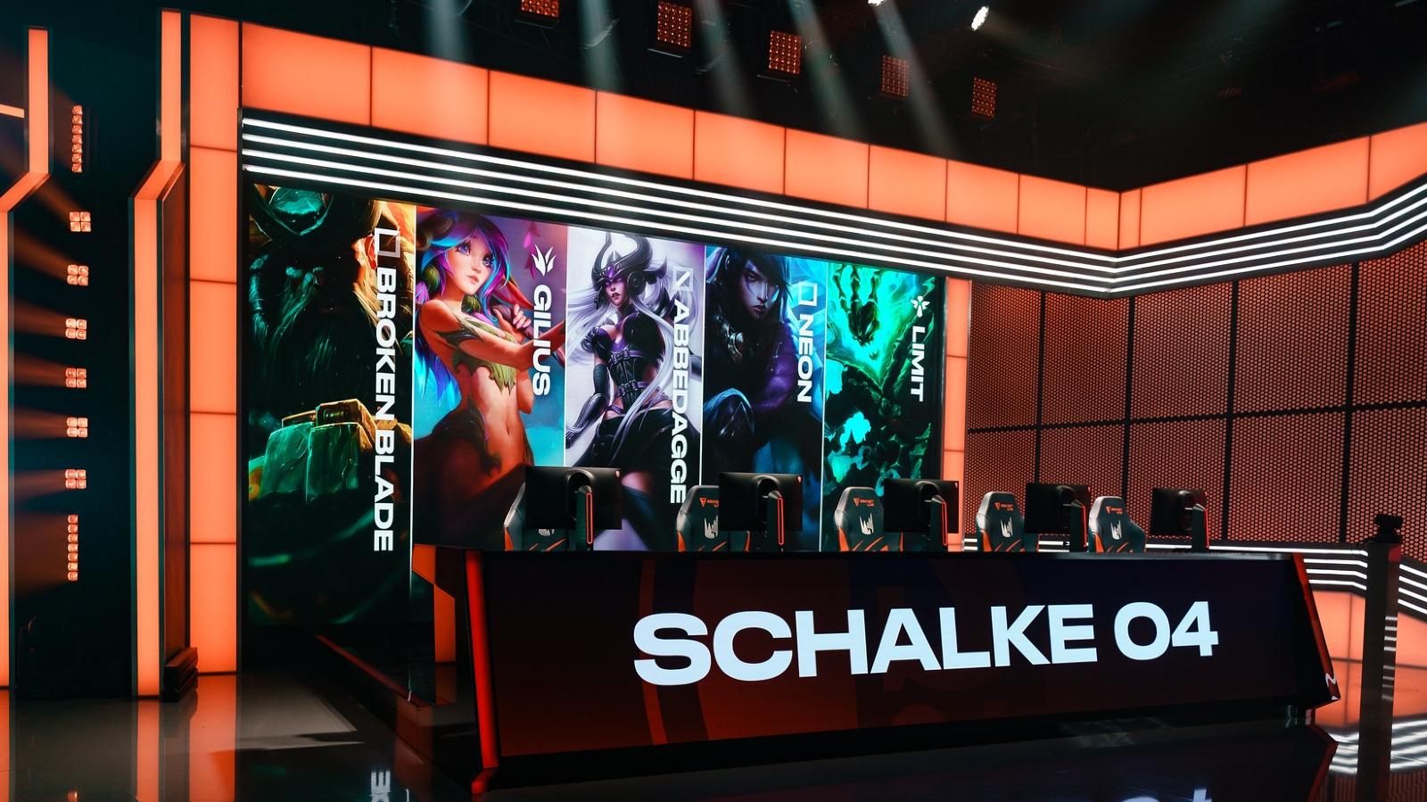 Schalke_04_reportedly_selling_LEC_slot_for_20_million_euroes