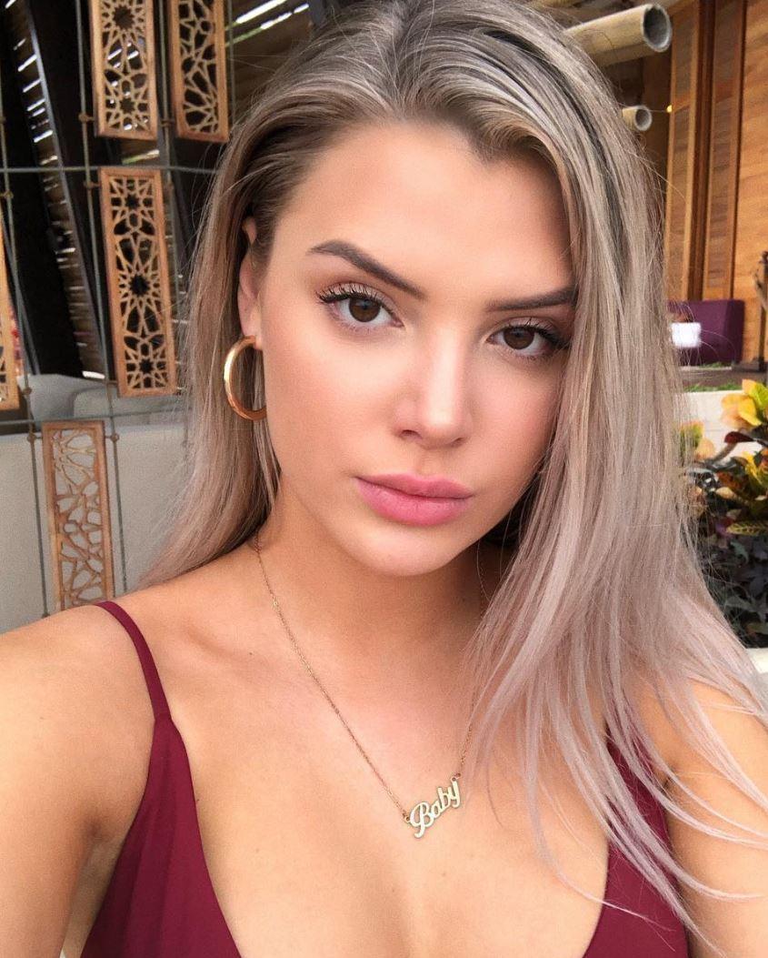 Alissa Violet, Instagram