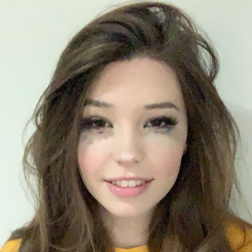 Belle Delphine, Twitter