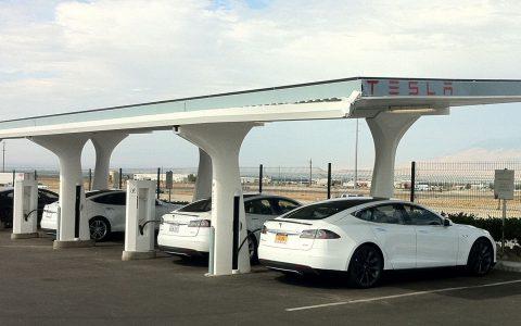 2013 Tesla Model S Charging Stations 02