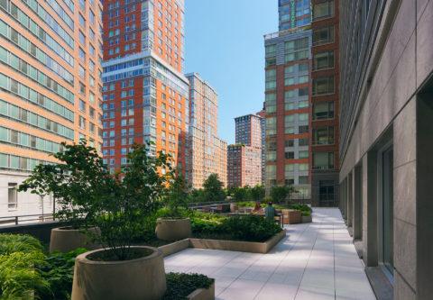 0401 Riverhouse Terrace