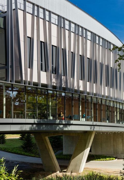 Bridge For Laboratory Sciences Detail Southeast Exterior © Richard Barnes