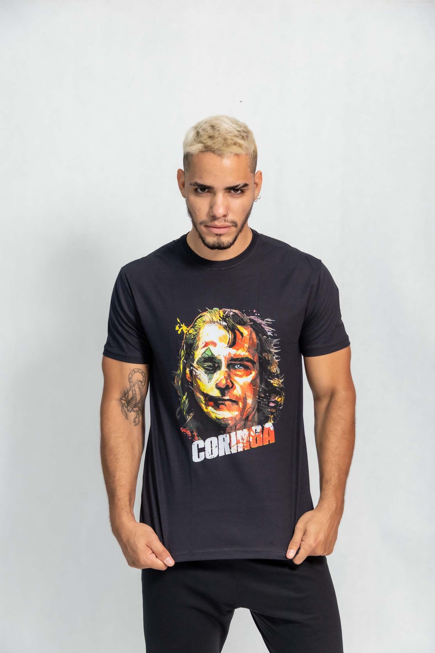 Camiseta masculina estampa Coringa