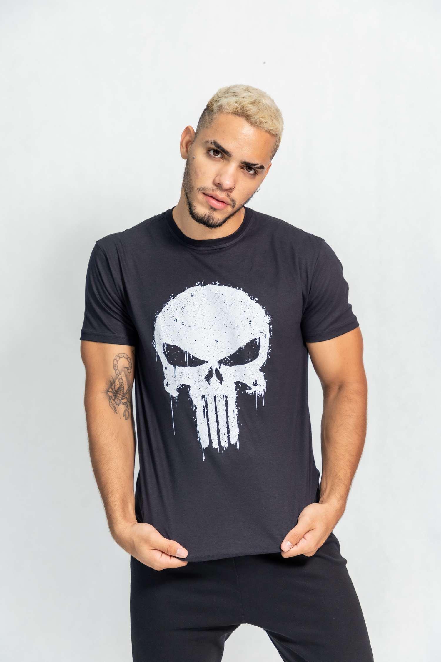 Camiseta masculina estampa Justiceiro