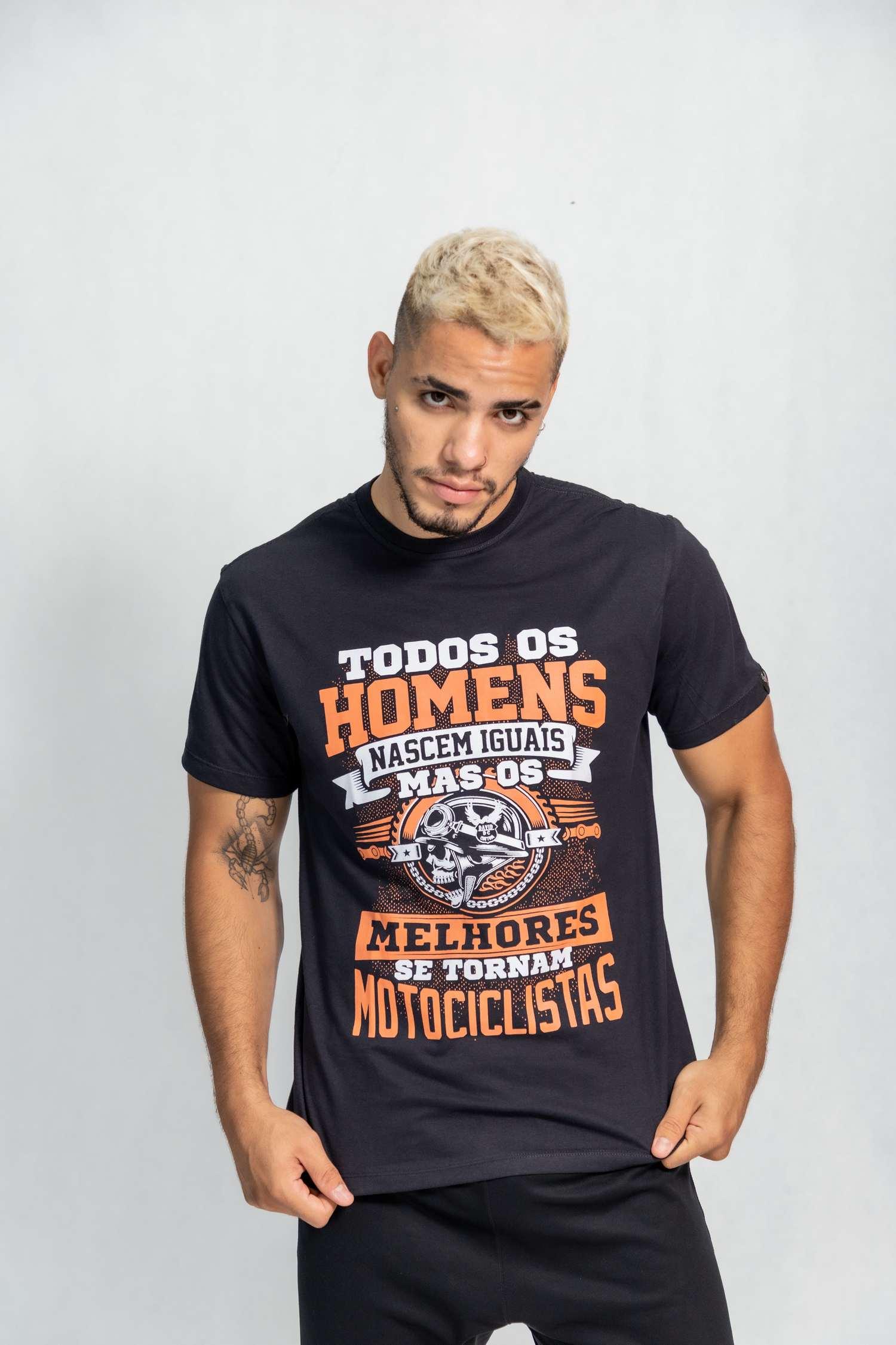 Camiseta masculina estampa Todos os Homens
