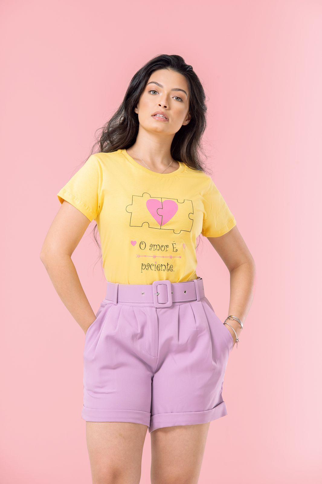 Diniz T-shirts feminina - O amor é paciente