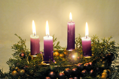 Adventwreathwithpurplelightedcandles