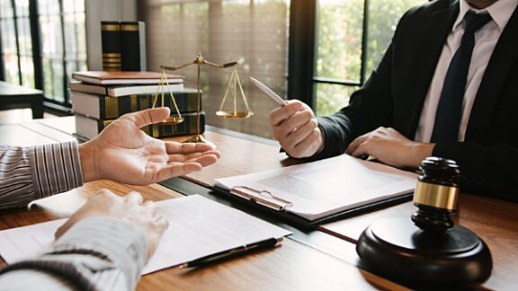 11 Best Practices for Background Screening: To avoid a host of litigation-inviting pitfalls when vetting candidates, employers should adopt a few key principles and protocols.