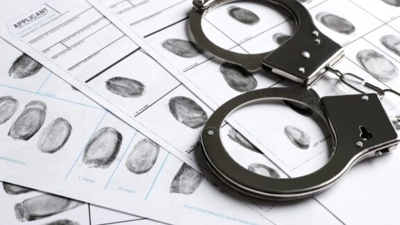 Compliance Alert! Louisiana Adopts New Law Regulating Use of Criminal History in Hiring Decisions