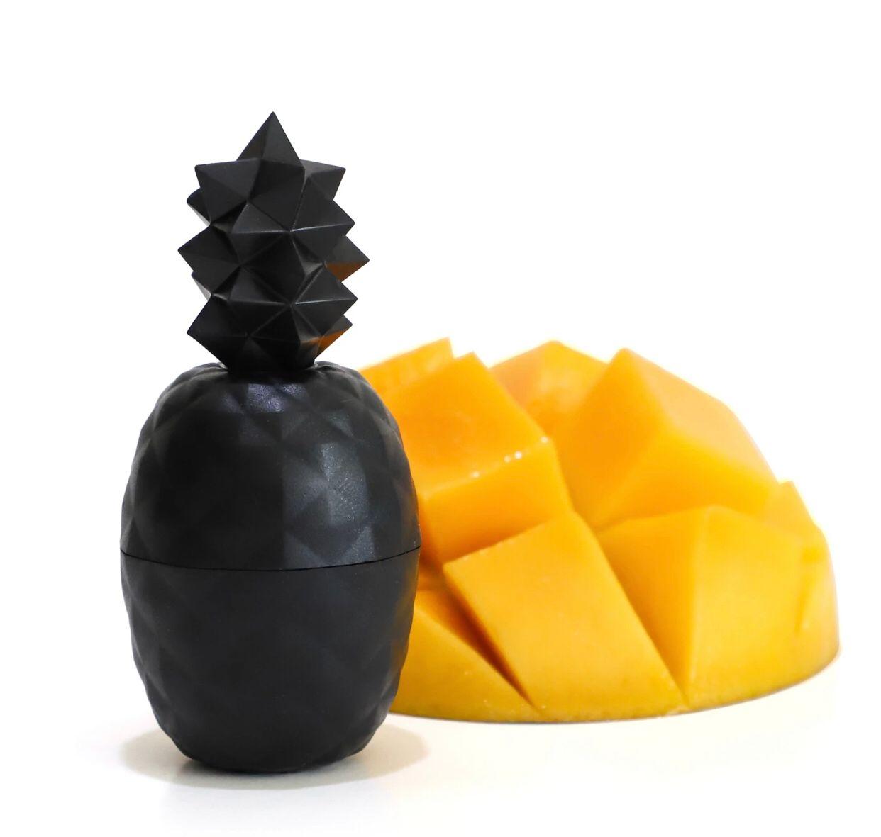 1-Piece Pineapple-Shaped Lip Balm - Exotic Fruit Flavor, Black