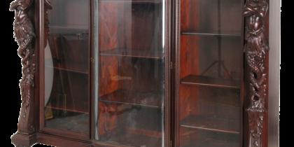 R.J. Horner Mahogany Rattail Maiden Bookcase