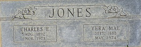 JONES, CHARLES E - Maricopa County, Arizona | CHARLES E JONES - Arizona Gravestone Photos