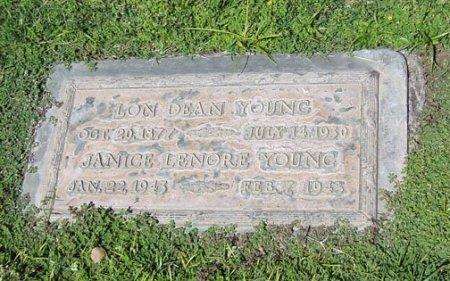 YOUNG, LON DEAN - Maricopa County, Arizona | LON DEAN YOUNG - Arizona Gravestone Photos