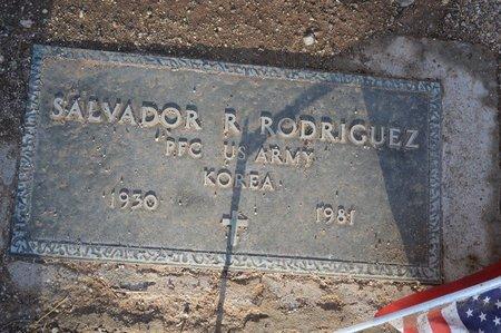 RODRIGUEZ, SALVADOR R. - Pinal County, Arizona | SALVADOR R. RODRIGUEZ - Arizona Gravestone Photos