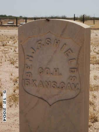 SHIELDS, BENJAMIN F. - Pinal County, Arizona | BENJAMIN F. SHIELDS - Arizona Gravestone Photos
