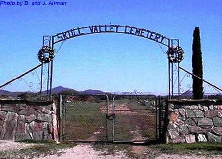 , ENTRANCE GATE PHOTO - Yavapai County, Arizona   ENTRANCE GATE PHOTO  - Arizona Gravestone Photos